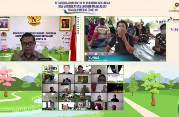 Memberi Peran Masyarakat Lokal Dalam Rehabilitasi DAS