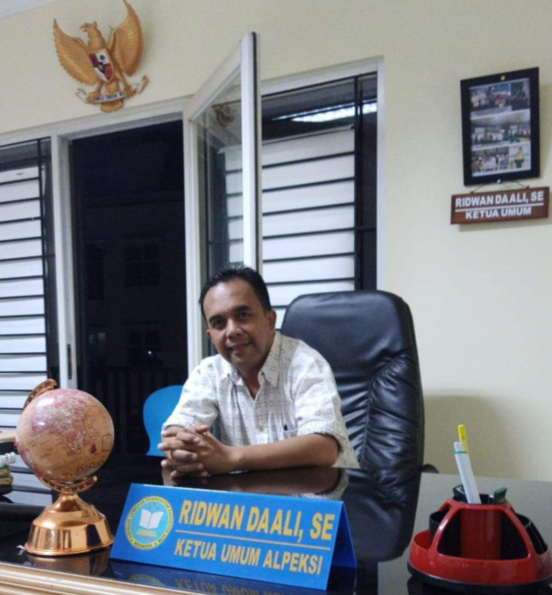 Ridwaan Daali Ketua Umum ALPEKSI Dinilai Layak Menjadi Menteri PDTT di Kabinet Presiden Jokowi
