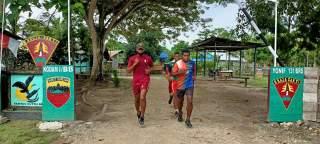 Bantu Untuk Wujudkan cita-cita, Satgas Pamtas Yonif 131/Brs Latih Pemuda Papua Jadi Prajurit TNI