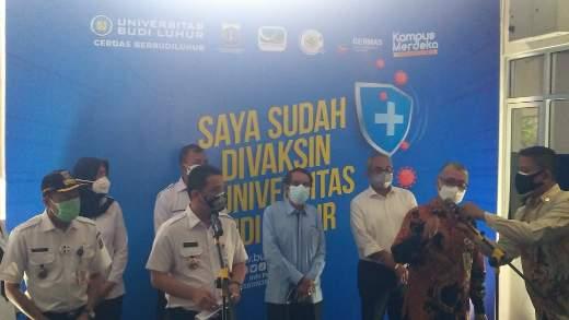 Dengan Prokes Yang Ketat, Wagub DKI Jakarta Tinjau Giat Vaksinisasi Di Universitas Budi Luhur